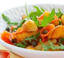 Sałatka z ziemniaków i łososia [prosty przepis]