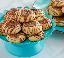 Domowe ciasteczka TWIX: przepis na kruchą słodycz