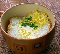 Zuppa pavese - pyszna włoska zupa na rosole