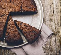Ciasto z buraka bez mleka i pszenicy modyfikowanej: przepis na zdrowy deser