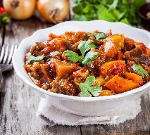Gulasz warzywny z curry: przepis na proste, bardzo rozgrzewające danie