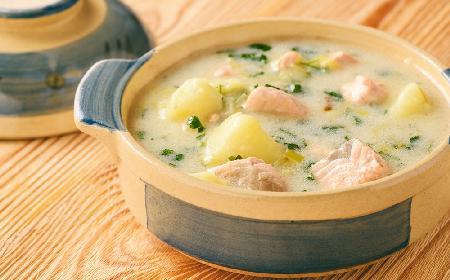 Zupa łososiowa z menu beszamel