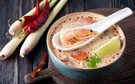 Tajska zupa krewetkowa wg Magdy Gessler