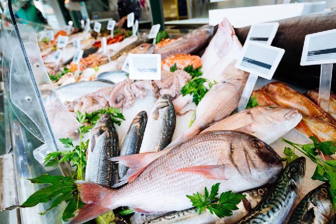 Ryby – samo zdrowie? Jakie ryby należy jeść, a jakich trzeba unikać?