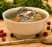 Wigilijna zupa z karpia - świąteczna potrawa w trendzie