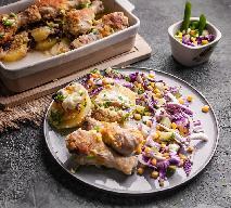 Fantastyczne pałki kurczaka pieczone z ziemniakami: sprytne danie 2w1