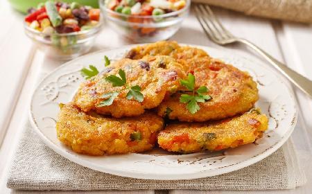 Pizza-placuszki z niczego: pyszne śniadanie lub przekąska