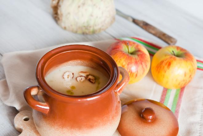 Zupa selerowo-jabłkowa - smakowita dawka zdrowia